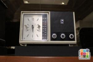 radio reloj panasonic en el mucoti